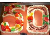 tort na pięćdziesiątkę