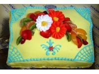 tort poduszka z kwiatkami