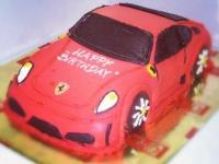 tort samochód Ferrari