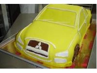 tort samochód mitsubishi