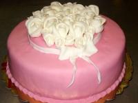 tort z kwiatkami