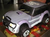 tort samochód terenowy