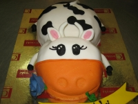 tort w kształcie krowy, krówka