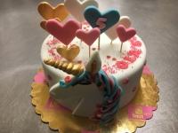 tort konik serduszka